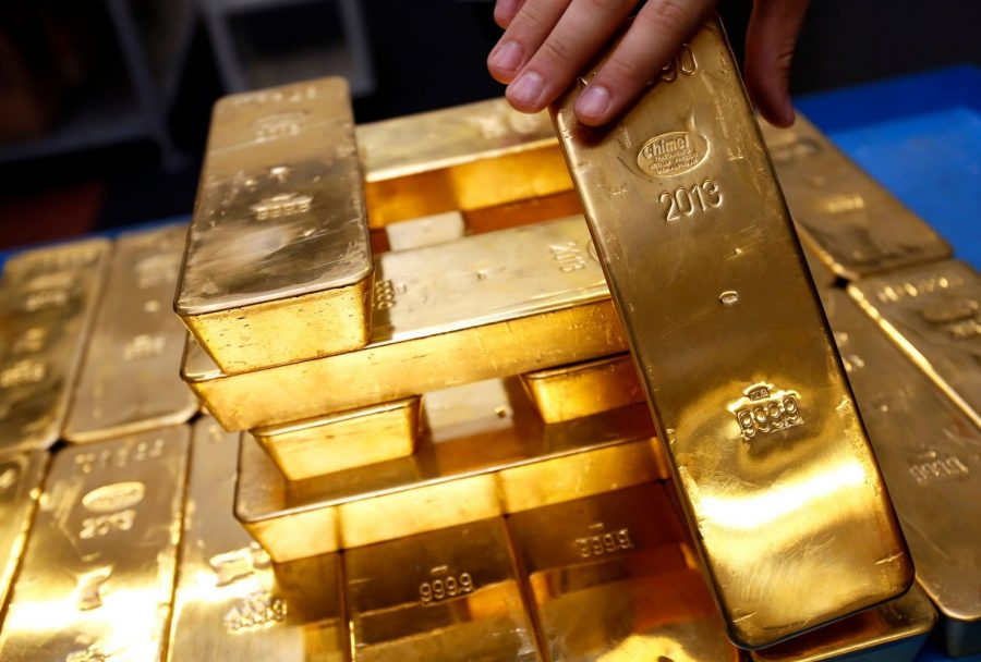 President Trump decides on China today This Made Gold prices rise  U.S. President Donald Trump's top economic adviser cautioned the Chinese lately that Hong Kong