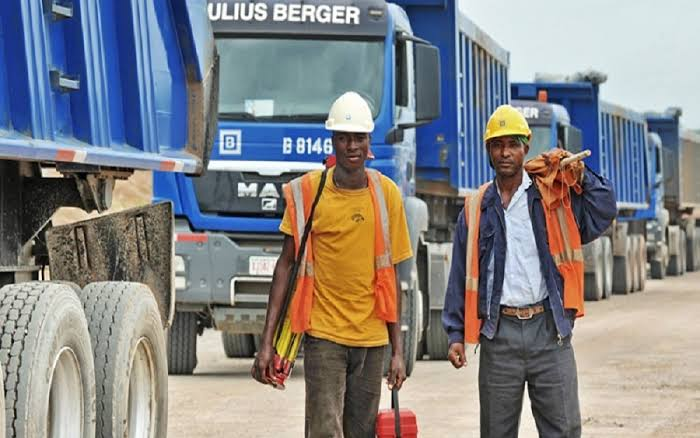 Job Vacancy For a Surveyor at Julius Berger Nigeria Plc.   Julius Berger Nigeria Plc (Julius Berger) is a leading construction company offering integrated solutions