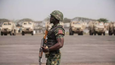 Photo of 2 Likely Ways To Identify A Nigerian Soldier Without Uniform Or Identity Card