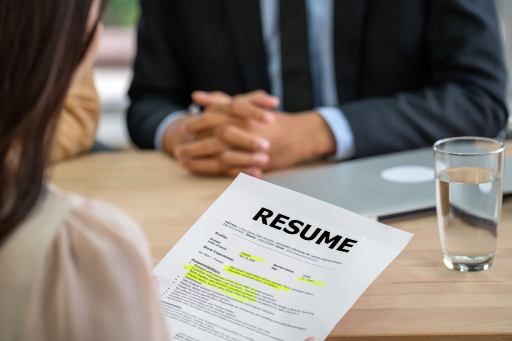 How to Get a Job Without Experience. Finding a job is not as difficult as people think, in fact, these strategies have helped thousands of young graduate find a job without any experience.